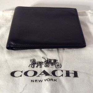 COACH - black leather wallet